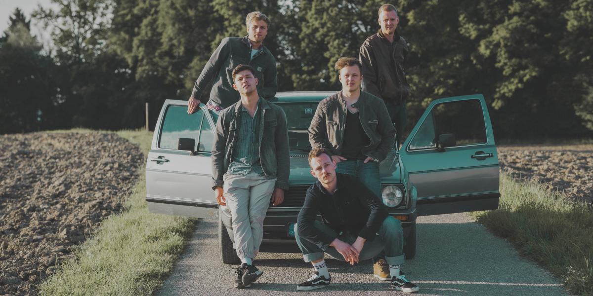 Single Review: KAFFKIEZ – Himmelblau
